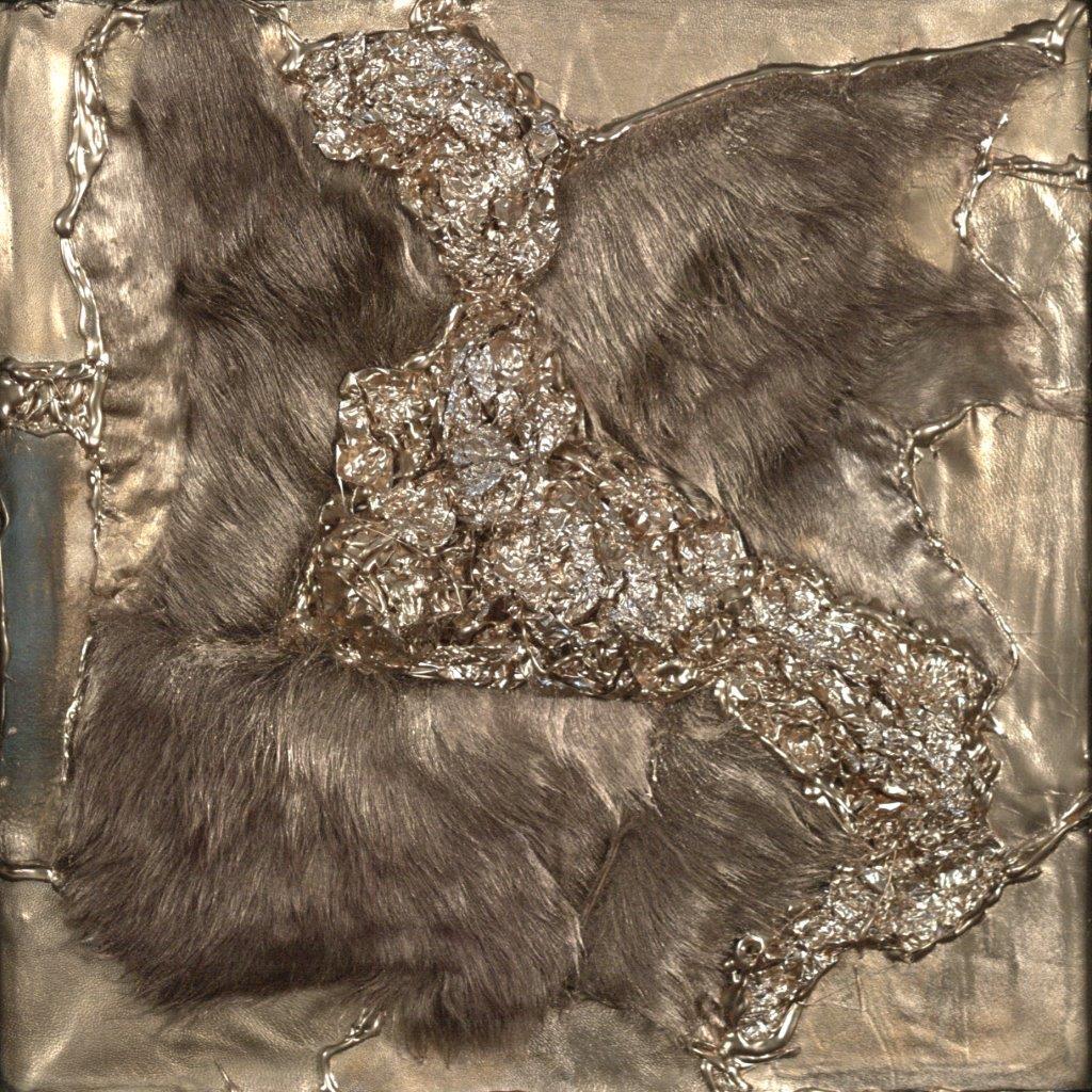 Матюхина О 40х40 мех кожа фольга(43х43 с рамой)