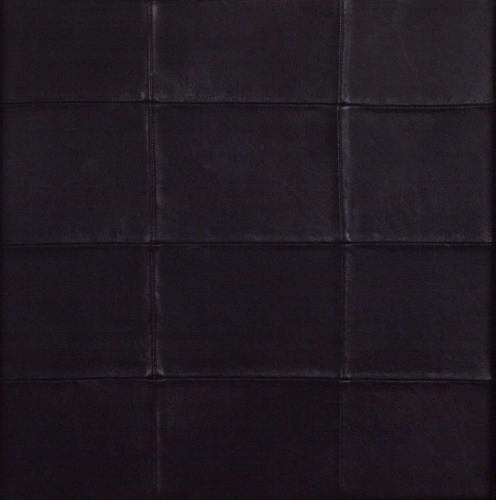 Матюхина О Черный 40х40 (43х43 с рамой) холст кожа